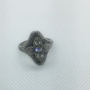 Beautiful Ring size: 6.5 Electroplated